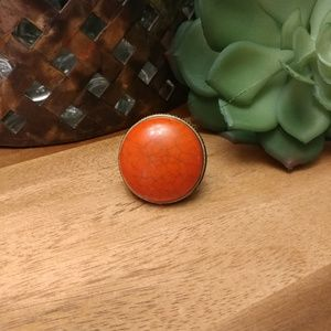 Jewelry - Bold faux coral & antique gold statement ring